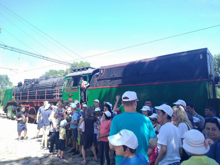 БДЖ организира специално пътуване с парен локомотив до Банкя за деца в неравностойно положение