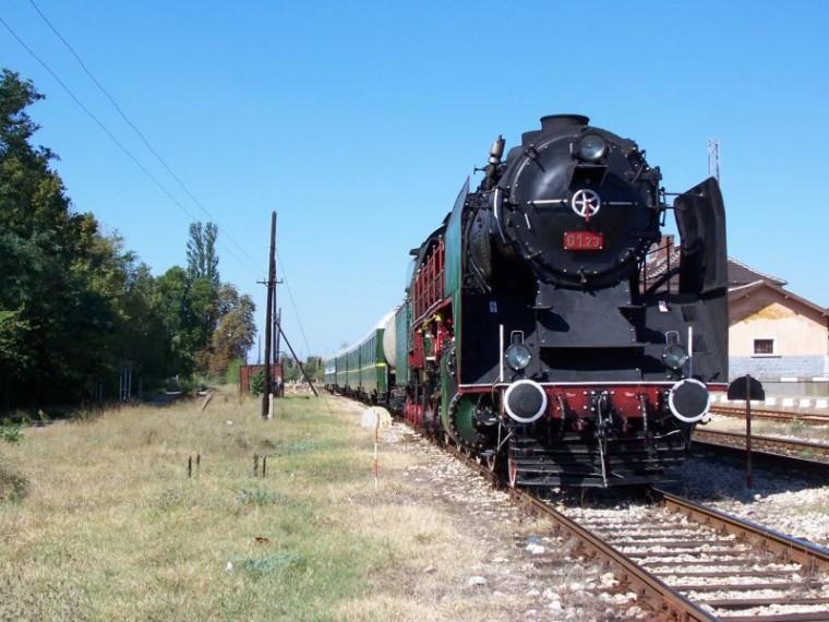 Музеен парен локомотив 01.23. Първото му възстановяване се извършва през 1988 г. по повод 100 г. ЖП тракция и Локомотивно депо София.