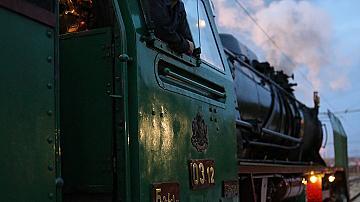 Днес е професионалният празник на локомотивните машинисти
