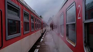 Преустановява се спирането на влаковете Септември-Добринище-Септември  в гара Банско