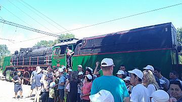 """""""БДЖ – Пътнически превози"""" ЕООД организира специално пътуване с парен локомотив до Банкя за деца в неравностойно положение"""